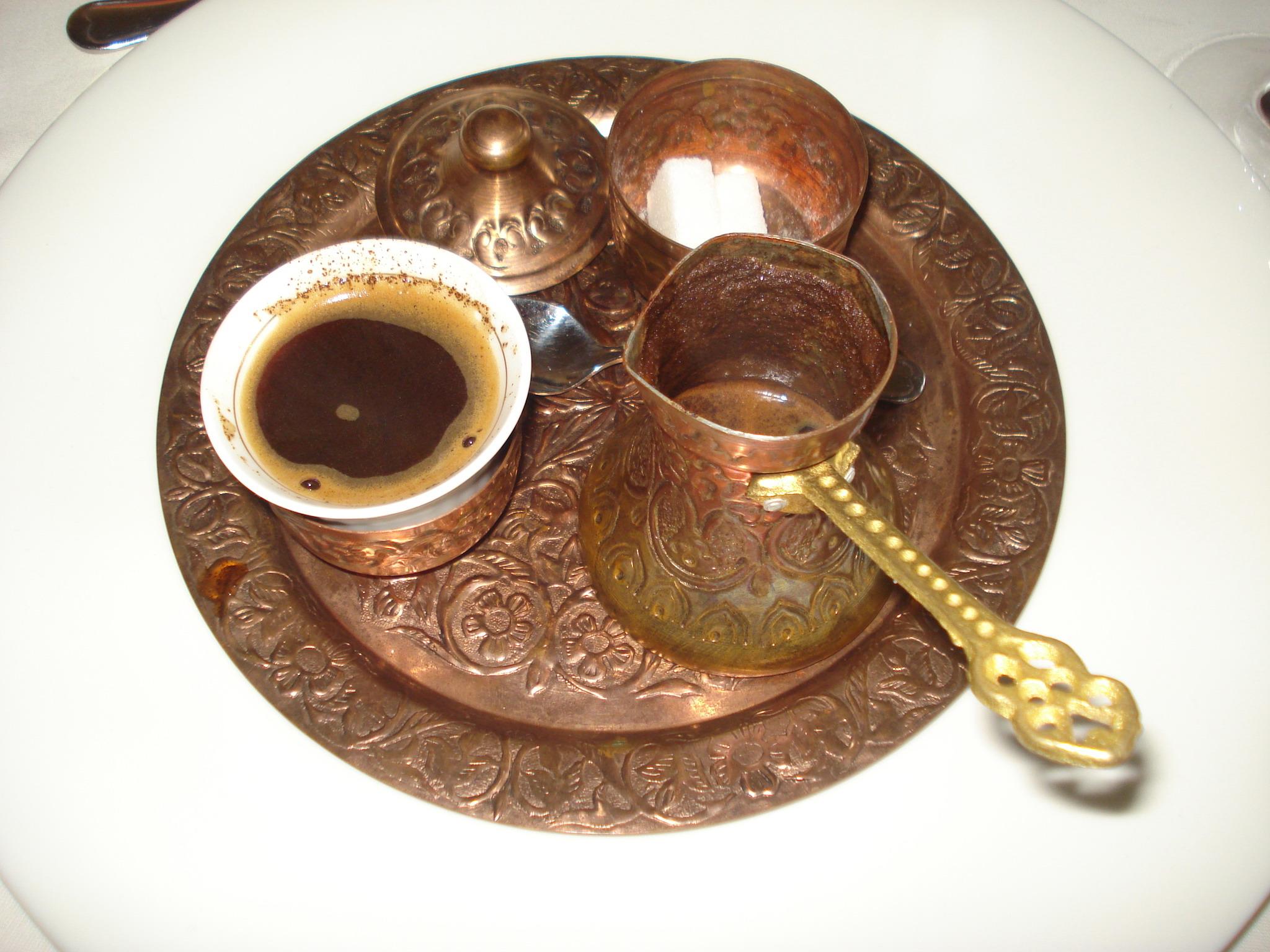 Džezva - pravá turecká káva